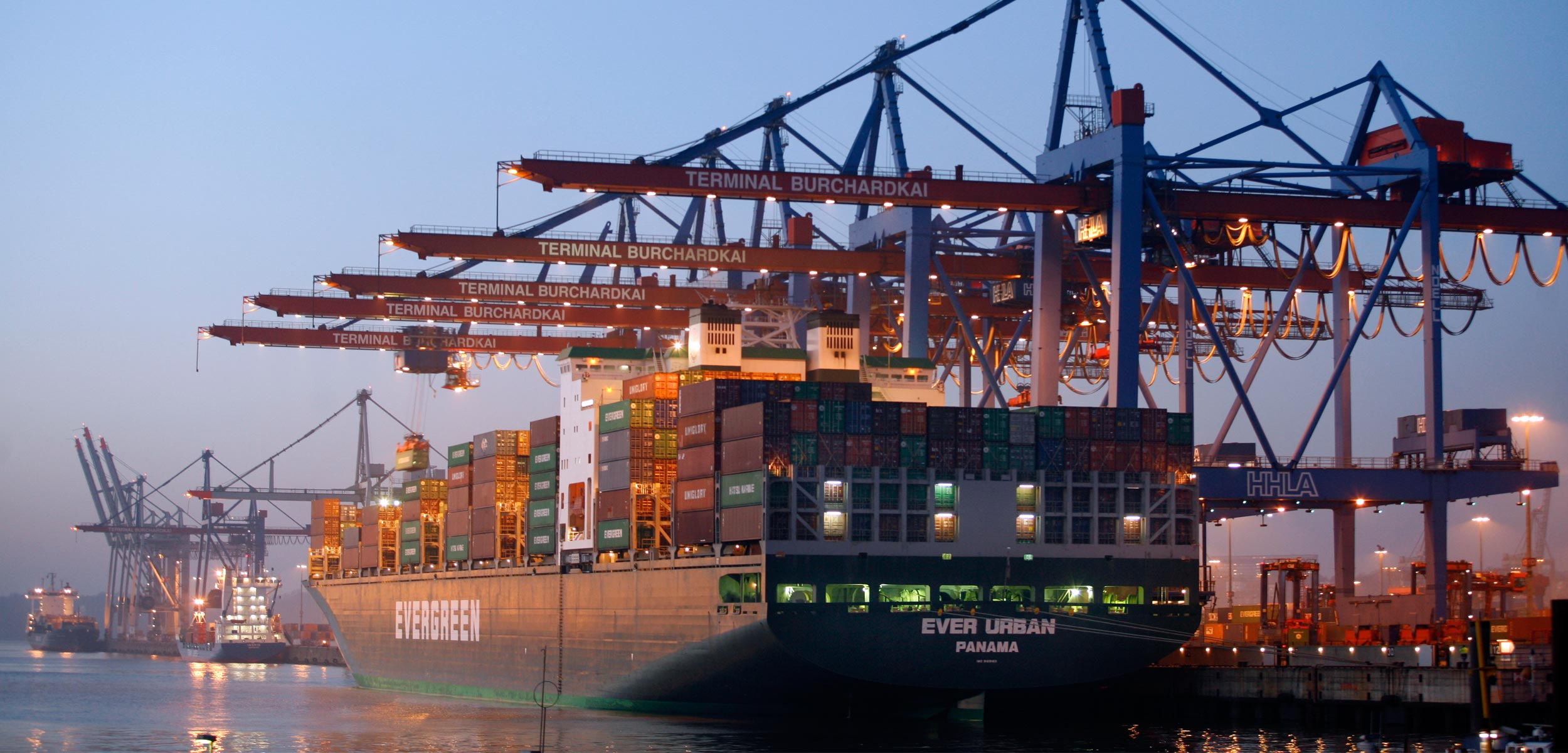 Container Leasing | Container Companies | Container Sales | CAI